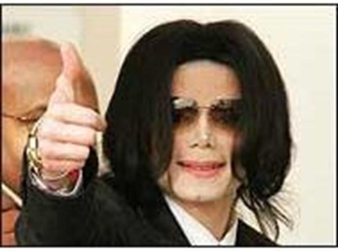 Jackson mahkemeye gitti